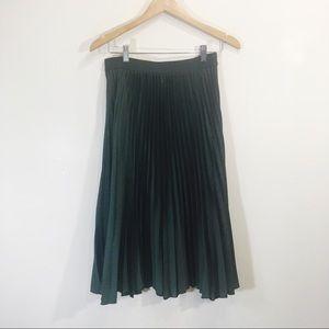 H&M Midi-Length Pleated Accordion Skirt Green 10